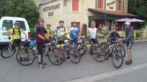 sortie école VTT Raffy - Coubon en juin 2016, 42 kms dans la boue et sous l'orage...chapeau aux sportifs !